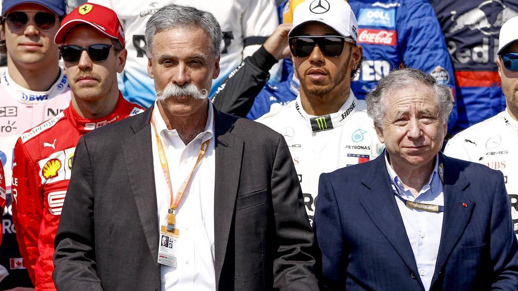 Chase Carey (vorn links) hat einen offenen Brief an die Formel-1-Fans geschrieben