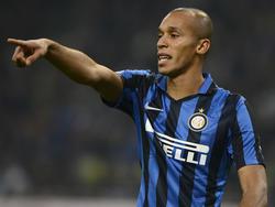Miranda geeft aanwijzingen tijdens het competitieduel Internazionale - Juventus (19-10-2015).