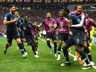 Los jugadores fracedes celebran el gol de Pogba. (Foto: Getty)