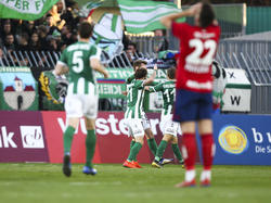 Andrija Pavlović (r.) kann die Rapid-Niederlage in Mattersburg nicht fassen