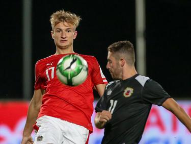 Stefan Posch und Leon Clinton im Kampf um den Ball beim 3:0-Heimsieg Österreichs im U21-EM-Qualifikationsspiel gegen Gibraltar (8.6.2017)