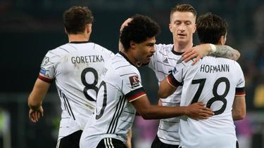 Marco Reus (2.v.r.) stand gegen Rumänien in der deutschen Startelf