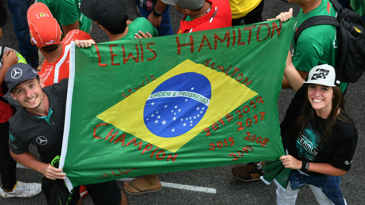 Fans beim Großen Preis von Brasilien im Jahr 2019