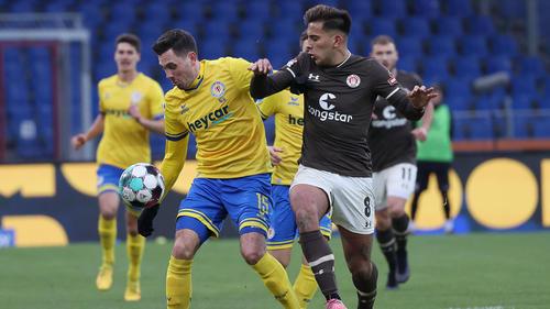 Eintracht Braunschweig hat vorerst den Sprung von den Abstiegsrängen geschafft