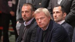 Vorstand beim FC Bayern: Oliver Kahn (M.)