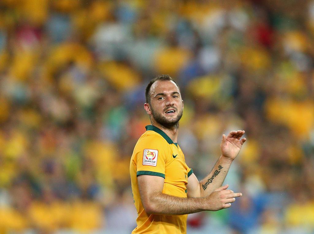 Australiens Ivan Franjic kehrt Torpedo den Rücken