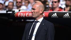 Zinedine Zidane hat sich zur Zukunft von Raphael Varane geäußert