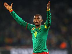 Samuel Eto'o con la camiseta de Camerún.