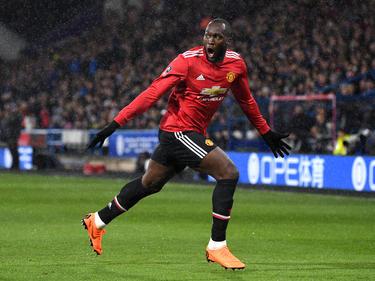 Romelu Lukaku fue la estrella en el campo del Huddersfield. (Foto: Getty)