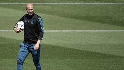 Zidane fue presentado el lunes en el palco del Bernabéu. (Foto: Getty)