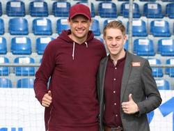 Sebastian Boenisch (links) mit FAC Manager Sport Lukas Fischer