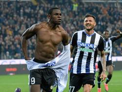 Cyril Théréau (dcha.) celebra un tanto con el Udinese. (Foto: Getty)