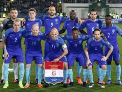 El once inicial de Holanda en el duelo de Bulgaria. (Foto: ProShots)