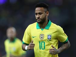 Neymar en el duelo amistoso contra Nigeria.