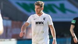 Florian Niederlechner vom FC Augsburg sorgte für Recht und Ordnung