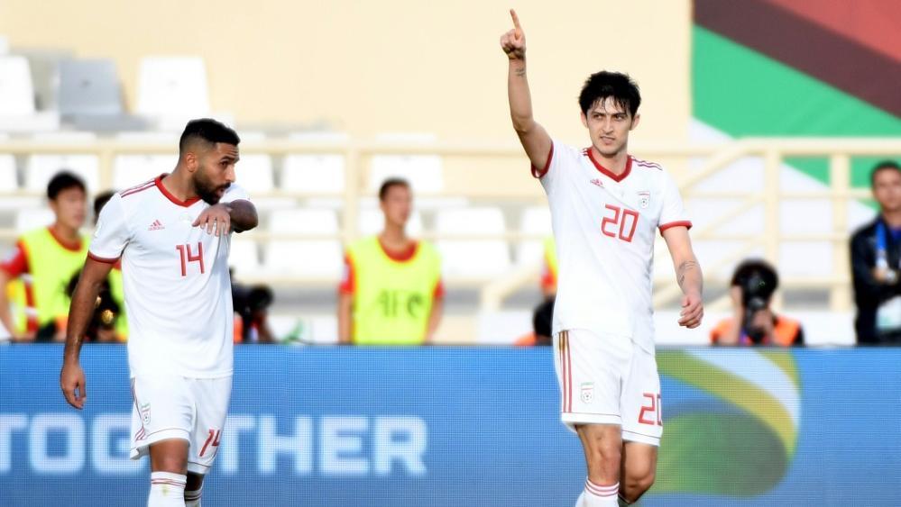 Entschied das Spiel mit seinem Doppelpack: Sardar Azmoun (r.)