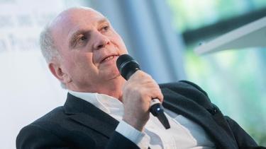 Macht sich für die Bundesliga stark: Bayern-Präsident Uli Hoeneß