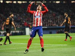Antoine Griezmann droht mit seinem Top-Team Atlético Madrid das überraschende Aus in der Gruppenphase