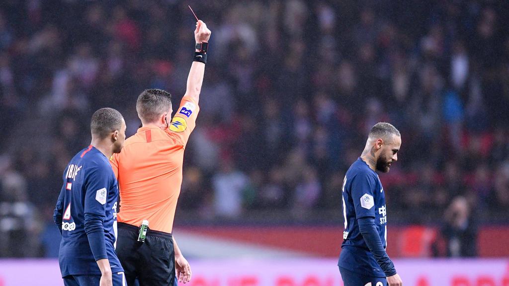 内马尔被罚下的PSG在七个目标惊悚击败波尔多