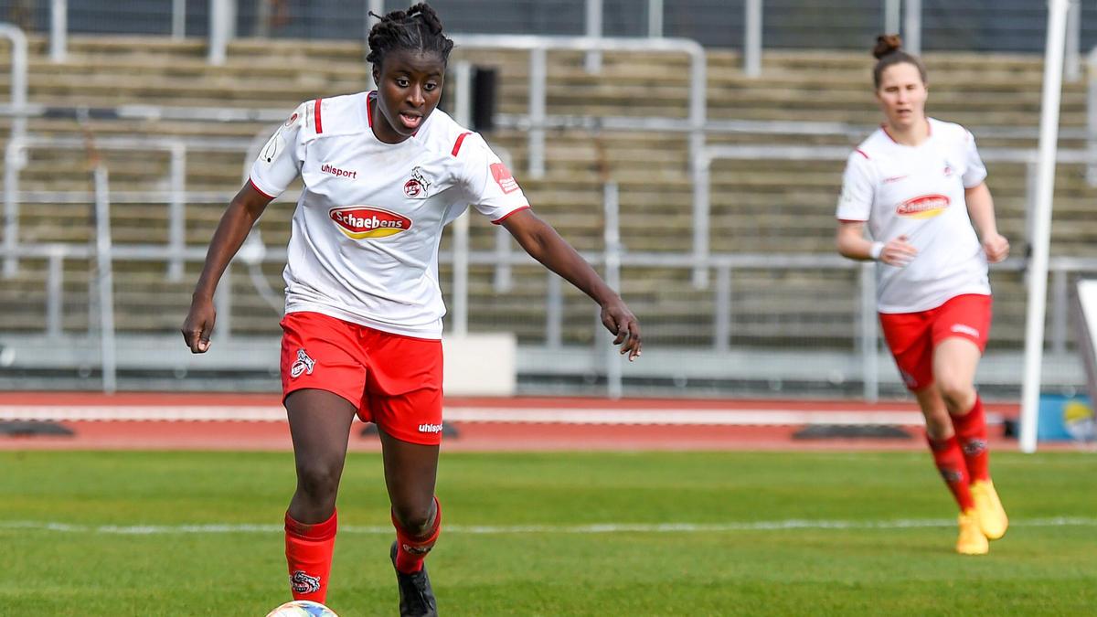 Eunice Beckmann wünscht sich mehr Aufmerksamkeit für den Frauenfußball