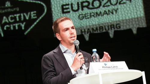 Hofft auf einen deutschen EM-Sieg 2024: Ex-Weltmeister Philipp Lahm