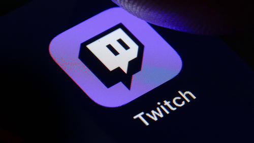 Twitch: FIFA 21 stößt League of Legends vom Thron | Among Us boomt weiterhin