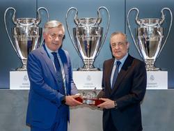 Ancelotti en su presentación junto a Florentino Pérez.