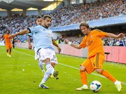 Celtas Jonny (l.) wurde zum besten Rechtsverteidiger aller jungen spanischen Spieler gewählt