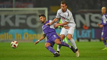 Marcos Alvarez (l.) erzielte in der 93. Minute den Siegtreffer für Osnabrück