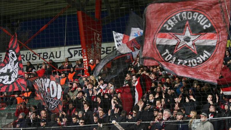 Fans von des FC Ingolstadt wurden nach dem Relegationsspiel attackiert
