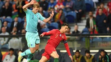 Ronaldo (r.) wollte de Ligt (l.) nach dem Spiel abwerben