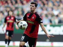 Pascal Stenzel soll auch weiterhin in Freiburg spielen