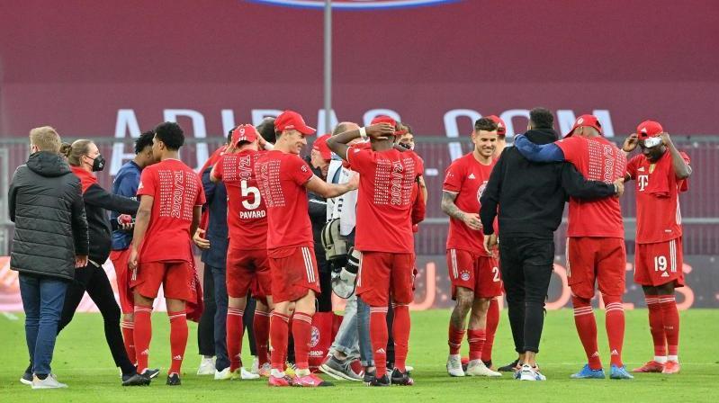 Einige Stars des FC Bayern dürfen sich über die Unterstützung ihrer Liebsten freuen