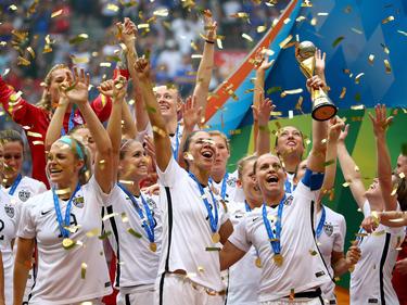 En su cuarta final jugada en siete Mundiales, EE.UU se coronó por tercera vez. (Foto: Getty)