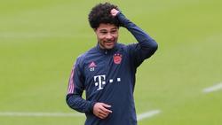 Serge Gnabry weilt mit dem FC Bayern München in Doha