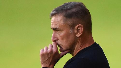 Stefan Kuntz hat für das Spitzenspiel gegen Belgien eine Steigerung angemahnt