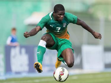 Roger Assalé läuft für die Nationalmannschaft der Elfenbeinküste auf.
