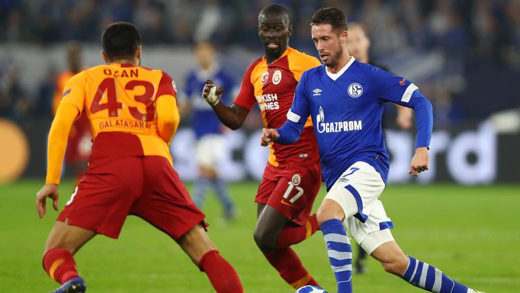 Mark Uth spielt beim FC Schalke 04 auf neuer Position