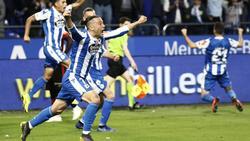 Quique celebra su gol. (Foto:@CLUBSPORTFUTBOL)