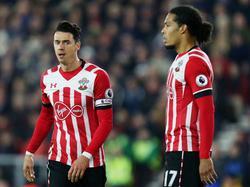 José Fonte (l.) en Virgil van Dijk (r.) vormen het hart van de defensie van The Saints tijdens het competitieduel Southampton - Tottenham Hotspur (28-12-2016).