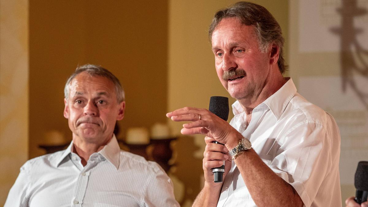 Vom FC Schalke bitter enttäuscht: Olaf Thon und Peter Neururer