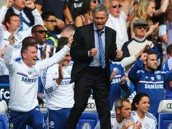 """Kassierte laut """"France Football"""" im Jahr 2013 die stolze Summe von 17 Millionen Euro: José Mourinho"""