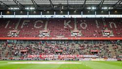 Die Hans-Schäfer-Südkurve im RheinEnergie-Stadion des 1. FC Köln