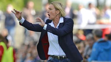 Martina Voss-Tecklenburg und die DFB-Damen testen gegen Schweden