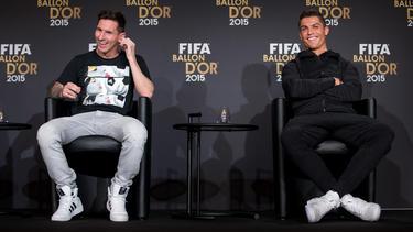 Lionel Messi und Cristiano Ronaldo haben sich den Ballon d'Or zuletzt regelmäßig zugeschoben