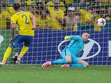Jordan Pickford para el penalti lanzado por Suecia. (Foto: Imago)