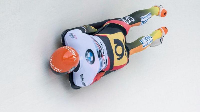 Axel Jungk hat überraschend den Weltcup-Auftakt in Lake Placid gewonnen
