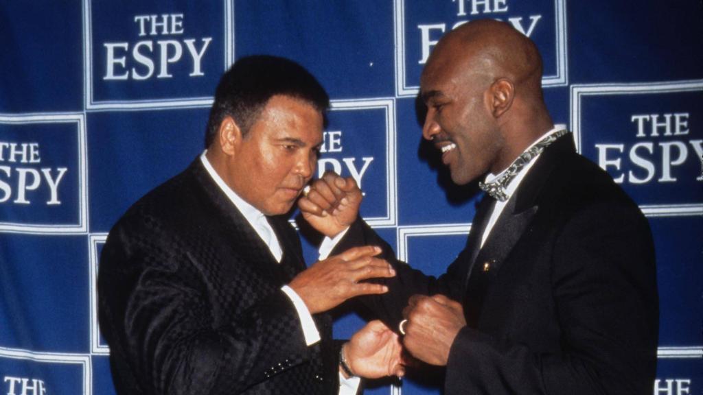Kämpfe von Box-Legenden wie Ali und Holyfield werden online simuliert
