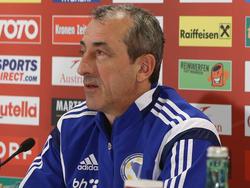 Bosniens Teamchef Mehmed Baždarević zollt dem österreichischen Nationalteam Respekt, sieht es aber nur leicht im Vorteil