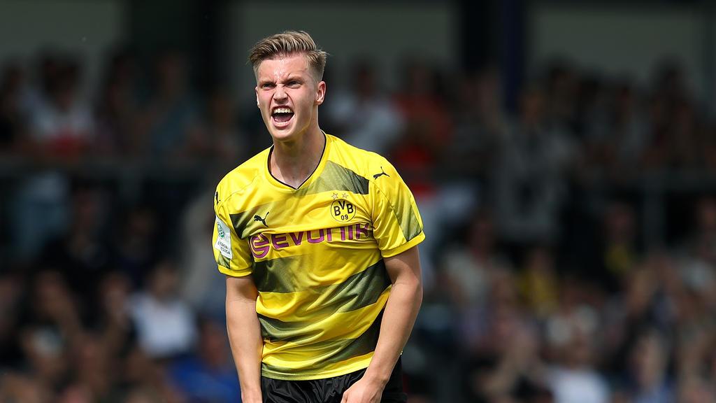 BVB-Spieler Julius Schell traf in das eigene Tor